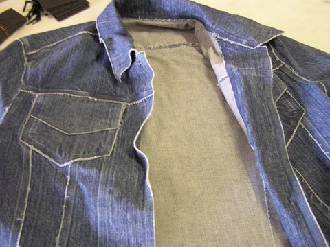 stitchless_denim_jacket